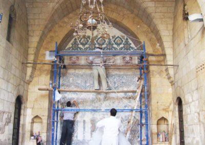 fresco panal in hama alazem palas لوحة الفريسك في قصر العظم في حماة اثناء الترميم